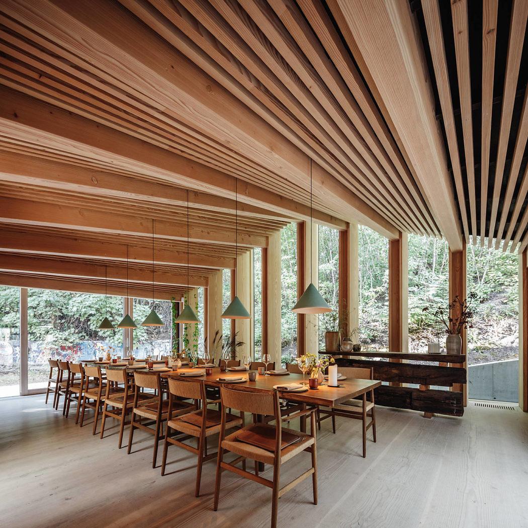 Ресторан в эко-стиле