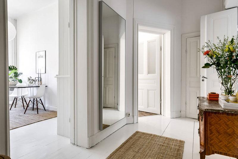 Скандинавский дизайн - белые полы и бежевый ковер
